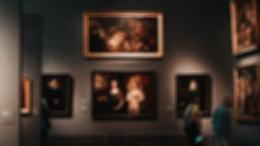 Эволюция искусства: от реалистичности до идеи