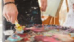 Как современные художники рассказывают о хронической боли через свои произведения