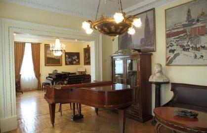 Экспозиция Музея-квартиры Н.С. Голованова