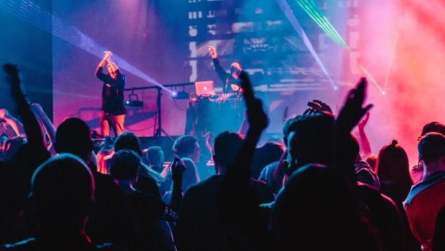 Сюзанна, русский андеграунд и шоукейс Сергея Мудрика — в Москве проходит фестиваль Moscow Music Week 2021