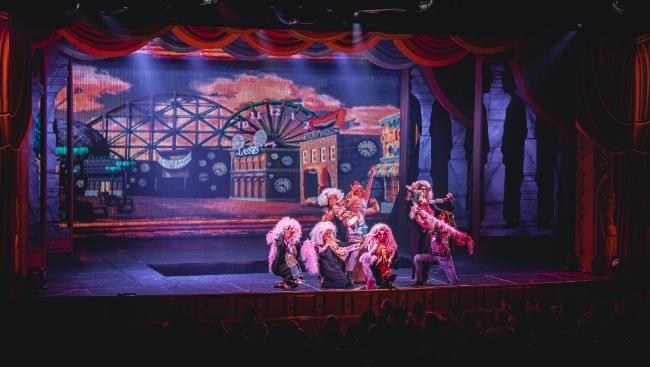 Новые профессии, проза Айтматова и теория струн — фестиваль премьер театра «Практика» откроется в Музее Москвы