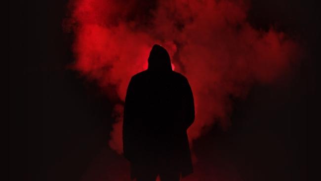 Опубликованы кадры из фильма «Аллея кошмаров» — новой полнометражной работы Гильермо дель Торо