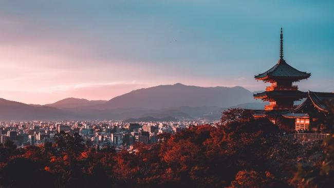 Поэзия природы и человека: о чём снимал и как творил Сиро Тоёда