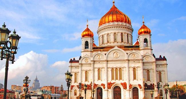 Экскурсия «Храм Христа Спасителя – святой Феникс России»