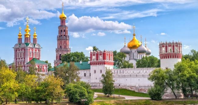 Экскурсия «Новодевичий некрополь с рассказом о монастыре»