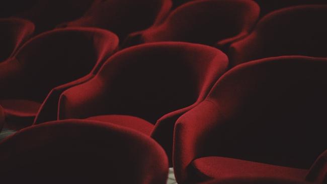 «Пётр I», «Физики», «Игроки»: какие постановки идут в Малом театре этой осенью
