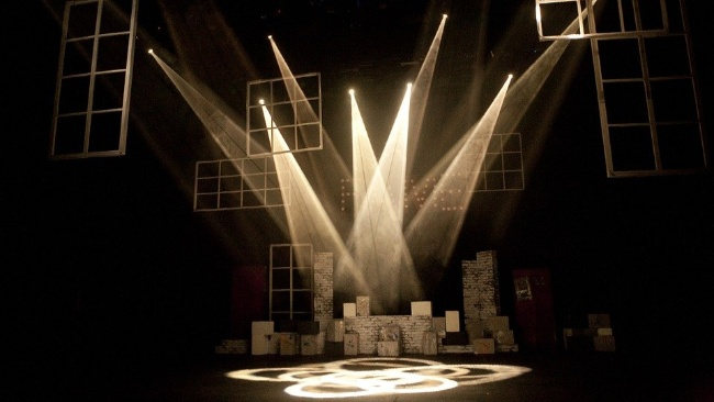 Анимационный фильм Миядзаки «Унесенные призраками» станет сценическим спектаклем